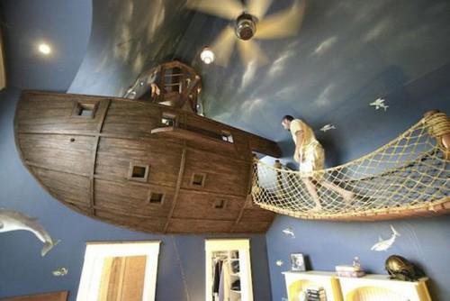 海賊船風ベッドルーム