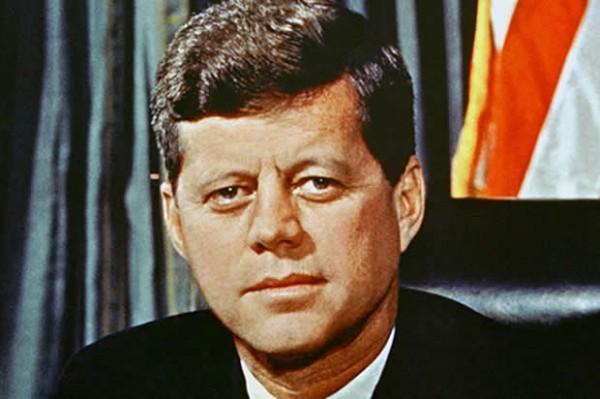 JFK 斜視