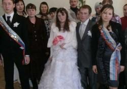 【面白画像】結婚式で撮影されたヘンテコな写真