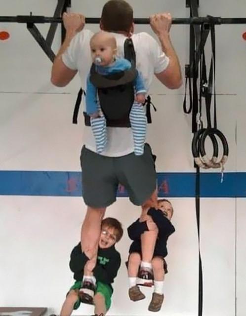 【面白画像】男には男の育児方法がある!