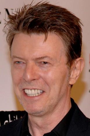 【画像】歯をお直ししたセレブのビフォーアフター デビッド・ボウイ