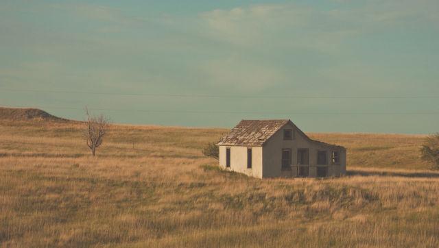 騒音、混雑、人間関係に疲れたあなたにピッタリの家