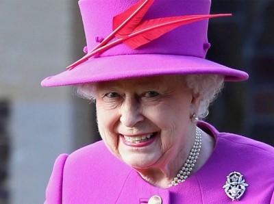 エリザベス女王が直面する残業代未払いの被雇用者からの訴え