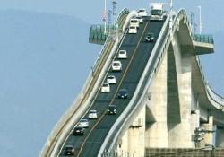 日本の江島大橋の写真が海外で話題になってる件