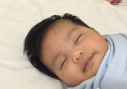 【動画】1分以内で赤ちゃんを寝かせる方法