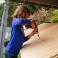 9歳の女の子がホームレスのために小さい家を建築し、さらに畑で食糧を作っている!(アメリカ)