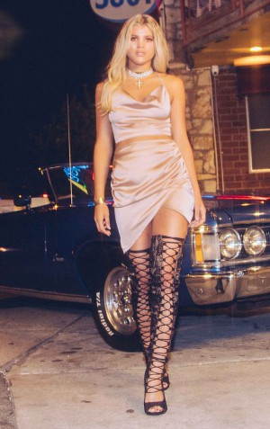 Sofia Richie-Boohoo